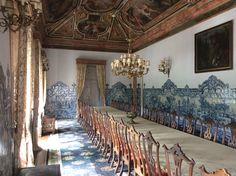 There is a lot to take on inside the Palace, but all the main rooms are quintessential 18th c. Portuguese – more or less elaborate tray ceilings (some here with intricate stucco decoration by Italian artisans) and azulejo wainscots, called silhares. In between, wall space for hainging tapestries or paintings. No baseboards or much else in the way of Architectural ornament, generally preferred by the more cerebral British.
