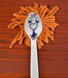 Spoon Lion for Daniel and the lion's den