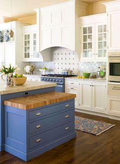 15 Impressive Blue Kitchen Paint Cabinet Design You Have To See Blue Kitchen Paint, Blue Kitchen Cabinets, Painting Kitchen Cabinets, Kitchen Colors, Kitchen Countertops, Kitchen Backsplash, White Cabinets, Blue Countertops, Marble Counters