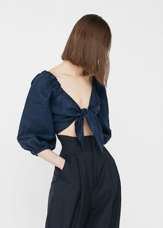 12 Trending Outfits On The Street Tie Crop Top Trend – Cute Front Tie Tops The Best of clothes in Mango Fashion, Look Fashion, Girl Fashion, Tie Crop Top, Front Tie Top, Blouse En Lin, Moda Mango, Blouses For Women, Toddler Boy Style