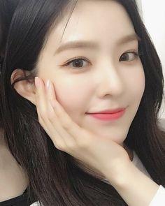 Seulgi, Wendy Red Velvet, Red Velvet Irene, Cute Girl Face, Cool Girl, K Pop, Face Skin Care, Kim Yerim, Beautiful Asian Girls