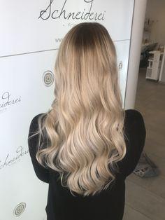 Milk shake hair color Blonde Curls, Trends, Haircolor, Shake, Milk, Long Hair Styles, Beauty, Shaving Machine, Barbershop