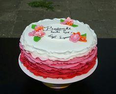 Roze ruffle taart