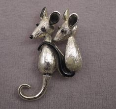 Two Adorable Mice Pin c1960s Gold Tone and Enamel by thejeweledbear on Etsy