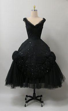 Evening dress Designer: Charles James (American, born Great Britain, 1906–1978) Manufacturer: (sample made for) Samuel Winston Date: 1952 Culture: American Medium: silk, synthetic