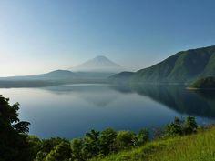佐野伸幸さんの写真 5月24日朝 本栖湖からの富士山