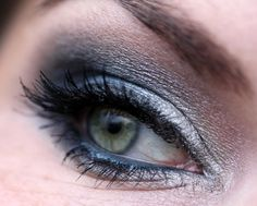 "... noch ein Make up Blog ...: AMU - mit Essence Night Club ""already midnight"""