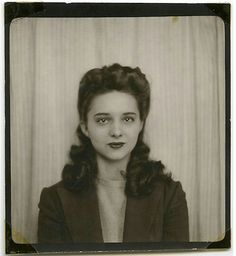 1940s photo booth picture