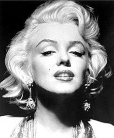 Marilyn Moore Nude Photos 19