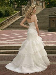 2000 Dreams Bridal 858-541-0684