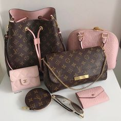 😍💗👜👝💝🐩 🔥 …: The Louis Vuitton label was founded by Vuitton in 1854 on Rue Neuve des Capucines in Paris, France. Louis Vuitton had observed that the HJ Cave Osilite trunk could be easily stacked. In Vuitton introduced his. Fall Handbags, Handbags On Sale, Luxury Handbags, Fashion Handbags, Purses And Handbags, Fashion Bags, Cheap Handbags, Popular Handbags, Chanel Handbags