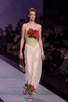 Valentino Spring 2000 Ready-to-Wear Fashion Show - Audrey Marnay, Valentino Garavani