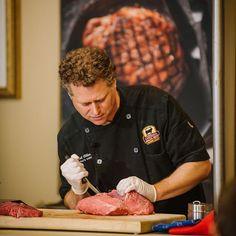 @tallowbethyname breaking down beef like a boss. He'll be back... #FWCon #SundaySupper #beef #florida #orlando #foodblogger #visitflorida #cheflife @certifiedangusbeef @sundaysupperfam