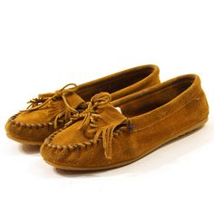 Minnetonka Moccasin Loafers with Fringe Toes / Men's by nickiefrye, $35.00