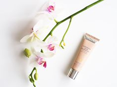 """Blogger @merenhelmi's new favorite, Lumene Longwear Blur Foundation. """"It covers the imperfections but still leaves the skin look bright and natural"""", she describes. #foundation #lumene"""