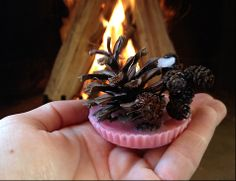 Fun and easy fire starters from pine cones and old candles. Kids craft DIY.