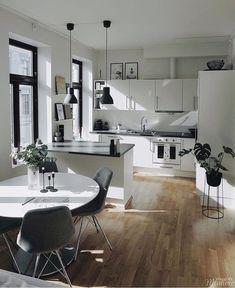Interior Design Blogs, Interior Design Living Room, Living Room Designs, Living Room Decor, Small Apartment Interior Design, Small Apartment Living, Small Living Rooms, Modern Living, Home Decor