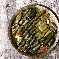 Stuffed Grape Leaves Recipe Make mellow and tangy Lebanese warak arish, pickled grape vine leaves that once rolled are filled with lamb and rice. Lebanese Recipes, Turkish Recipes, Asian Recipes, Healthy Recipes, Ethnic Recipes, Savoury Recipes, Healthy Food, Grape Leaves Recipe Lebanese, Wine Leaves