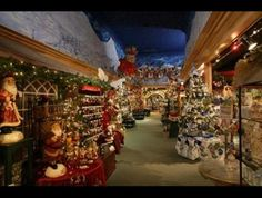 Christmas Place in Pigeon Forge, TN - a Christmas shopping village. #christmas #holidays