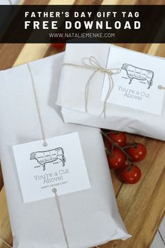 Both Grill Masters and masters-in-training are sure to drool over this grilling themed Father's Day gift. It's quick and easy to throw this gift together - even last minute! Take note of your dad's favorite cut(s) of meat, head to the butcher and print my free 'A Cut Above' gift tag for easy gift wrapping. #theperfectgift #fathersdaygift Fathers Day Gift Basket, Personalized Fathers Day Gifts, Diy Crafts For Gifts, Easy Gifts, Curated Gift Boxes, Themed Gift Baskets, Free Printable Gift Tags, Father's Day Diy, Edible Gifts