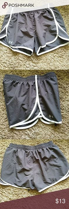 Women's Under Armour Running Shorts Charcoal Gray with black liner, drawstring and inside little pocket.  In EXCELLENT Preowned condition.  Size Med. Under Armour Shorts
