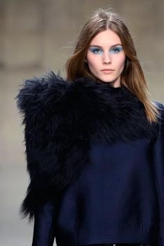 We say: yes please to asymmetric fur! @Topshop #TopshopUnique #LFW