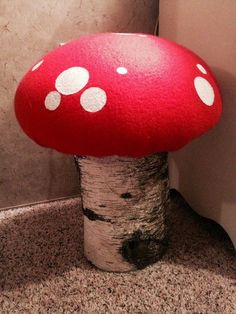 Steve, Myself, and The Tickle Monsters: DIY Toadstools!!