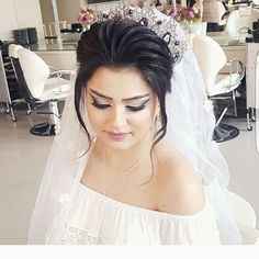 Make up and hairstyle by Vusala ☎️012-541-24-61 📞055-596-59-25 photo by  @ayxankhurbanov  #Manidoro 🙏🏼 #Manidoro @hudabeauty  @samerkhouzami @svadebny_kavkaz  @kavkazskie_svadby #makeuptutorialsx0x #dressyourface #wakeupandmakeup  #hair #beauty#vegas_nay #laurag_143 #make_clips #makegirlz #ibeatydaily #houseofmua #associationofbeauty #arabiandoll #ghalichiglam  #pinkperception #beatthatface #universodamaquiagem_oficial #toofaced  #dressyourface #slave2beauty