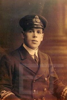 Albert Arthur Bestic (1890-1962), Junior Third Officer on the Lusitania.