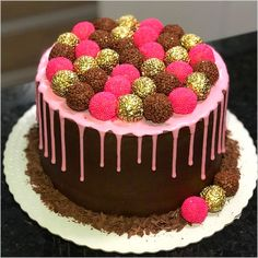 What is your choice? Do really want healthy desserts? More info and tips in our full post! Fancy Desserts, Healthy Desserts, Ballerina Cakes, Delicious Deserts, Chocolate Heaven, Drip Cakes, Savoury Cake, Party Cakes, Let Them Eat Cake