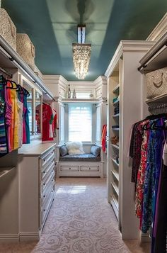 walk in closet. Yes