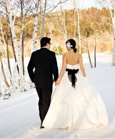 Wedding Photography Ideas : Snowy Wedding Day
