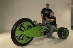 Giant Green Machine motor trike