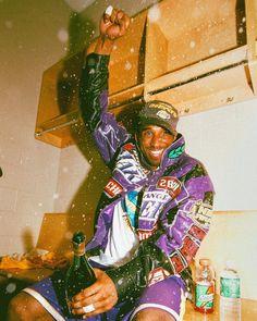 Michael Jordan Basketball, Micheal B Jordan, 2001 Nba Finals, Basketball Background, Travis Scott Iphone Wallpaper, Crazy Wallpaper, Kobe Bryant Pictures, Kobe Bryant 8, Kobe Mamba
