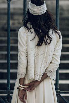 Même les mariées d'hiver ont droit à leur robe de princesse.Plus d'infos sur marionkenezi.com