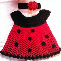 The most beautiful baby knitted vest and dress patterns - Knittting Crochet Crochet Bebe, Crochet Girls, Crochet For Kids, Knit Crochet, Knitted Baby Clothes, Knitted Baby Blankets, Intarsia Knitting, Baby Knitting, Vestidos Minnie