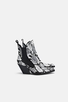 035227f75f9 ZARA - SHOES - COWBOY ANKLE BOOTS Shoes Heels Boots