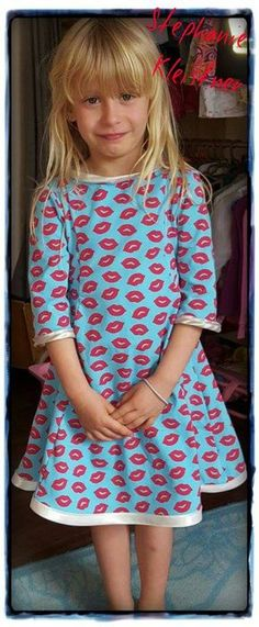 As you all know, I love quick sewing projects. Little Girl Dresses, Girls Dresses, Summer Dresses, Sewing For Kids, Baby Sewing, Sewing Patterns Free, Clothing Patterns, Kids Clothes Organization, Cute Outfits For Kids