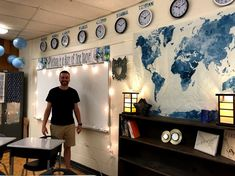 Building Book Love : Middle School World History Classroom: Inspiration for a small and windowless classroom