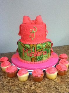 pink camo baby shower cake and cupcakes look at the name on the cake