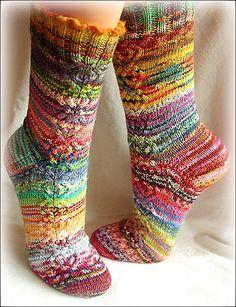 I love these socks! Ravelry: Wapiti's Monas Abschiedssocken