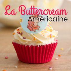 Avis aux becs sucrés, cette buttercream a tout pour vous plaire ! La buttercream américaine traditionnelle est utilisée pour décorer les cupcakes ou garnir un layer cake, ou encore pour recouvrir un gâteau qui sera ensuite recouvert de pâte à sucre. Elle est également utilisée pour réaliser des fleurs sur vos gâteaux ou vos cupcakes. Elle est très prisée dans la déco de gâteau car elle est stable et ultra facile d'utilisation. Quelques gouttes de colorant gel pour réaliser de belles...Lire…