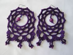 SERPENTINA ACCESORIOS: ACCESORIOS FLAMENCA 1ª PARTE (LOS PENDIENTES) Serpentina, Crochet Flowers, Crochet Projects, Crochet Earrings, Crochet Patterns, Jewelry, Fashion, Crochet Slippers, Crochet Necklace