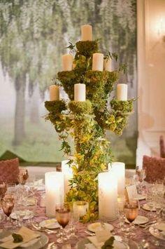 A very unique  a wedding table decor.