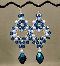 """Last year I took a class at a local bead shop called Beadoholique . The class was taught by Robin Smith and the """"Princess Earrings"""" pattern ..."""