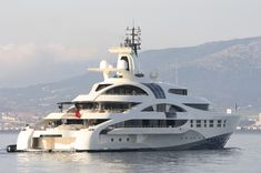 Luxury yachts | Luxury yacht Palladium in Gibraltar - Photo Credit Giovanni Romero ...