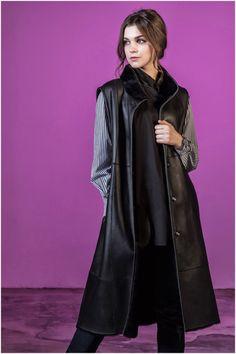 여성 의류 브랜드 우바(UVA), '롱 무스탕 베스트' 선보여 Duster Coat, Goth, Jackets, Style, Fashion, Gothic, Down Jackets, Swag, Moda