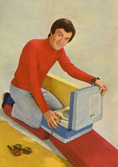 portable record player, stylin' wardrobe