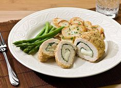 Spinach & Mozzarella Stuffed Chicken Recipe from Crystal Farms (healthy stuffed chicken breast night) Healthy Stuffed Chicken, Cheese Stuffed Chicken, Mozzarella Chicken, Grilled Chicken Recipes, Stuffed Pork, Chicken Pasta, Entree Recipes, Dinner Recipes, Cooking Recipes