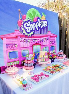 Don't miss this Colorful Shopkins Birthday Party at Kara's Party Ideas! The Shopkins party ideas, sweets, and decor are adorbs! 5th Birthday Party Ideas, Baby Birthday, Birthday Decorations, Ideas Party, Event Ideas, Birthday Bash, Shopkins Bday, Party Fiesta, Bday Girl